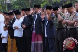 Presiden batal sholat Jumat di Masjid Agung Jateng