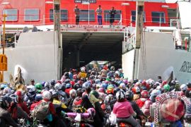 37 persen pemudik belum kembali ke Pulau Jawa