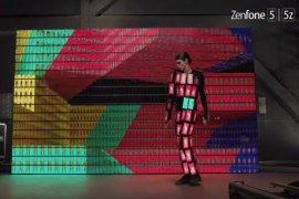 Kolaborasi ASUS-OK GO Padankan 89 Unit ZenFone 5 dalam 1 Kostum