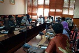 Disnakertrans Banten Buka Posko Pengaduan THR Buruh