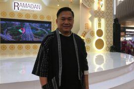 Kaftan batik, tren baju muslim Lebaran tahun ini