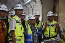 Menko Darmin tinjau Proyek MRT di Senayan