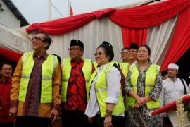 """Megawati dan Puan """"groundbreaking"""" Masjid At-Taufiq"""