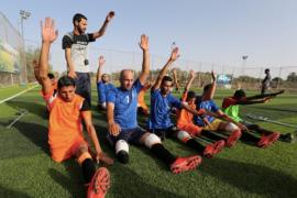 """Sepak bola """"selamatkan"""" warga Palestina korban serangan Israel"""
