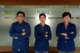 Mahasiswa IPB Ciptakan Dompet dari Kulit Pisang