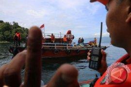 TNI AL gunakan pemindai sonar cari kapal tenggelam di Toba