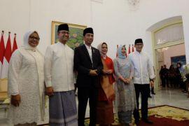 Anies-Sandiaga bareng ke open house Jokowi