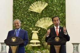 Mahathir: Malaysia-Indonesia harus tangkal tekanan Eropa soal minyak sawit