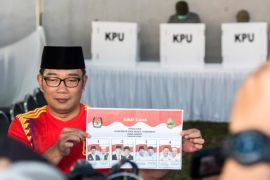 Ridwan Kamil harapkan hasil hitung cepat bertahan