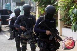 Densus 88 terus dalami terduga teroris di Kalbar