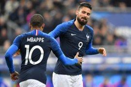 Deschamps Berharap Giroud Fit di Piala Dunia