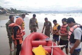 43 Wisatawan tenggelam di laut Sukabumi