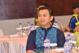 Pemkab Bekasi berharap jurnalis terus tingkat profesionalisme