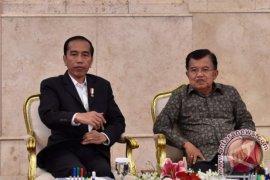 Wapres JK ucapkan selamat ulang tahun kepada Presiden Jokowi