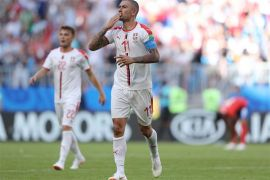 Gol tendangan bebas Kolarov bawa Serbia raih tiga poin