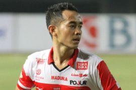 Gelandang Madura United waspadai pemain muda Bhayangkara