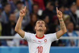 Dua pemain Swiss yang didenda FIFA bermain lawan Kosta Rika