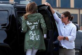 """Melania Trump kenakan jaket """"Saya benar-benar tak peduli""""  kunjungi pusat penahanan anak"""