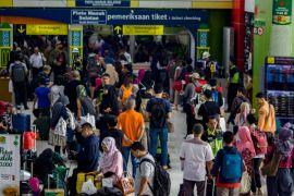 18.273 pemudik tiba di Stasiun Gambir