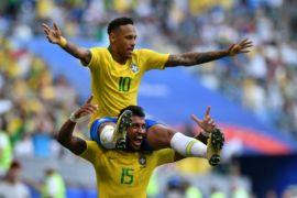 Ronaldo membela Neymar