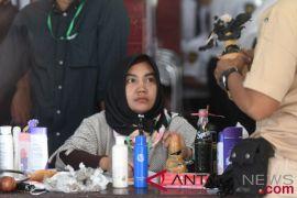 Jamaah calon haji Pekanbaru kedapatan membawa benda tajam