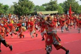 Ribuan Penari Barong Meriahkan Pekan Budaya dan Pariwisata Kabupaten Kediri 2018