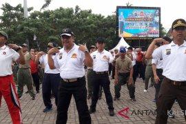 Olahraga bersama TNI-Polri dan jukung terbanyak meriahkan Hari Bhayangkara ke-72