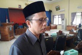 DPRD Bangka Tengah serahkan berkas wabup terpilih ke gubernur