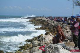 Panglima Laot: Batu bara cemari kawasan wisata Lampuuk