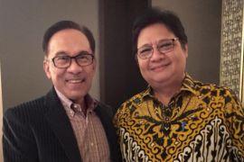 Airlangga Hartarto-Anwar Ibrahim bahas penguatan sosial politik