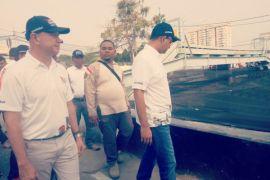 Anies tinjau penataan trotoar Jalan Sudirman - Thamrin