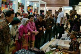 Ibu Negara buka Pameran Karya Kreatif Indonesia 2018
