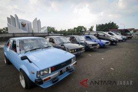 Sedan jadi mobil bekas favorit warga Bandung