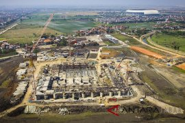 Pembangunan masjid terapung AlJabbar