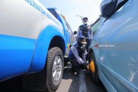 Sanksi Kendaraan Parkir Sembarangan di Surabaya Berlaku November 2018