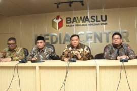 Bawaslu: Putusan soal Bacaleg mantan koruptor berdasarkan UU