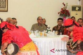 Gubernur Maluku jamu Presiden Mikronesia