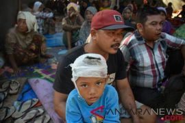 Pengungsi gempa NTB butuh makanan hingga popok bayi