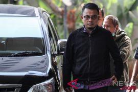 Anggota DPR Lampung Agus Bhakti Nugroho ditahan KPK