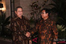 SBY-Prabowo bertemu ditunda hingga Senin