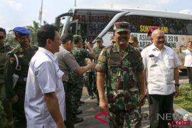 Panglima TNI cek kesiapan perlengkapan operasi karhutla