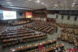 DPR selenggarakan sidang paripurna ulang tahun ke-73