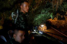 Pelatih remaja gua Thailand harapkan status kewarganegaraan