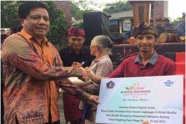 Aqua Mambal meriahkan Festival  Budaya Pertanian Kabupaten Badung 2018