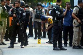 Jokowi respon pengangkatan tenaga honorer dan ledakan di Pasuruan kemarin