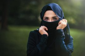 Muslim Denmark bertekad lawan larangan bercadar