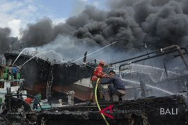 "BPBD Denpasar: kapal ikan terbakar karena ""korsleting"""