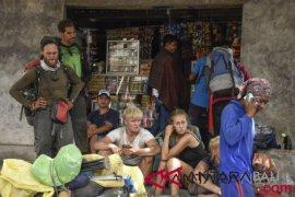 543 pengunjung Rinjani telah dievakuasi