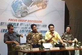 Pengamat: mobil listrik baik dikembangkan di Indonesia, asal...
