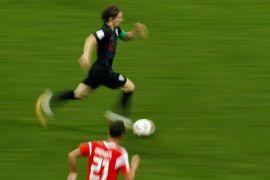 Lopetegui klaim Modric akan bertahan di Madrid